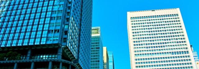 都内の高層ビル